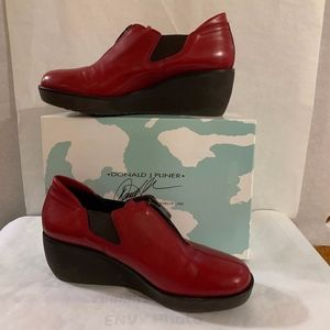 Red Leather DP Wedge